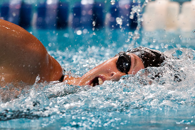 Allison Schmitt wins the 400 meter freestyle at the US World championship swimming trials