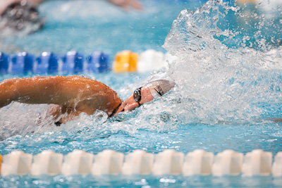 Dana Vollmer swims to gold in the 100 free at the 2009 ConocoPhillips USA National Swimming Championships and World Championship Trials