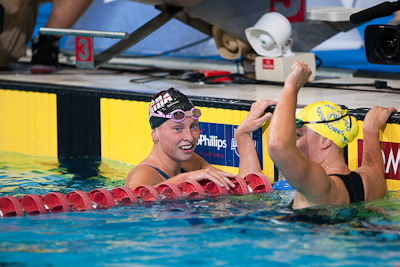 Haley Anderson (L) takes second place in the 800 free at the 2009 ConocoPhillips USA National Swimming Championships and World Championship Trials